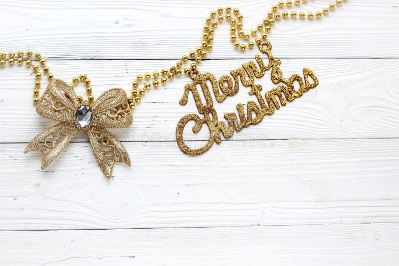 Décorations et inscription de vacances : Joyeux Noël photos stock