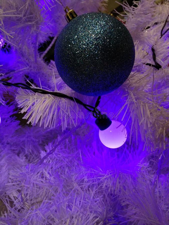 Décorations newyear de Noël de guirlandes de Noël photographie stock libre de droits