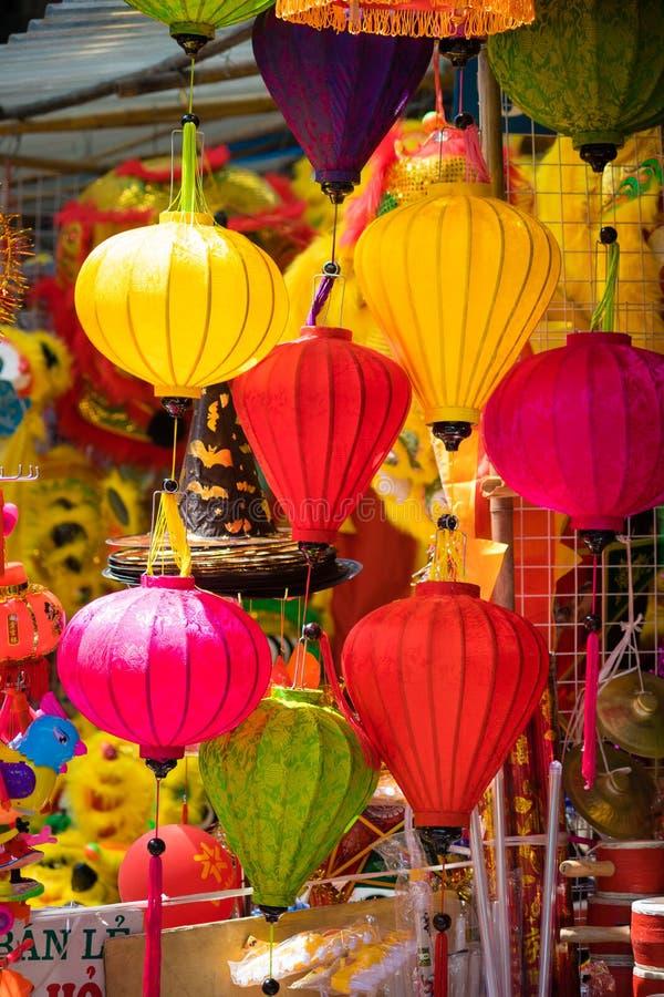 Décorations traditionnelles de couleur dans le festival de mi-automne de l'Asie images stock