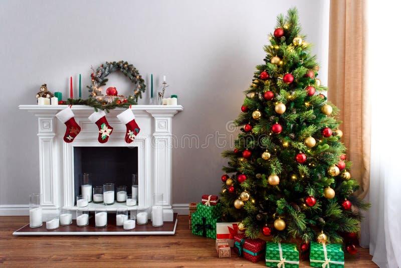 Décorations traditionnelles de maison de Noël photos libres de droits