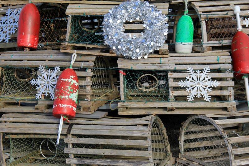 Décorations uniques de bord de la mer utilisant des pièges et des balises de homard pour apporter l'acclamation photographie stock