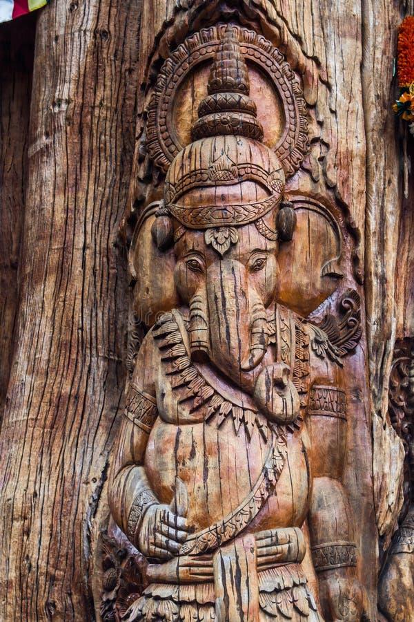 Découpage du bois photos stock