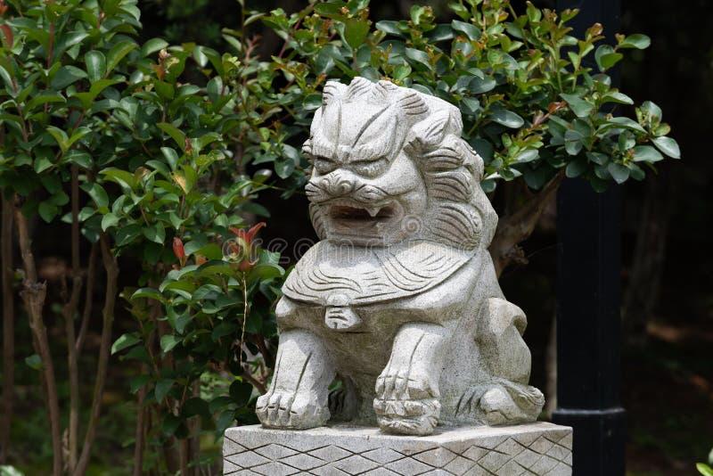 Découpage en pierre de lion-pierre photos libres de droits