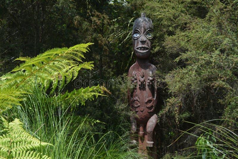 Découpage maori Quelque part en Nouvelle Zélande photo stock