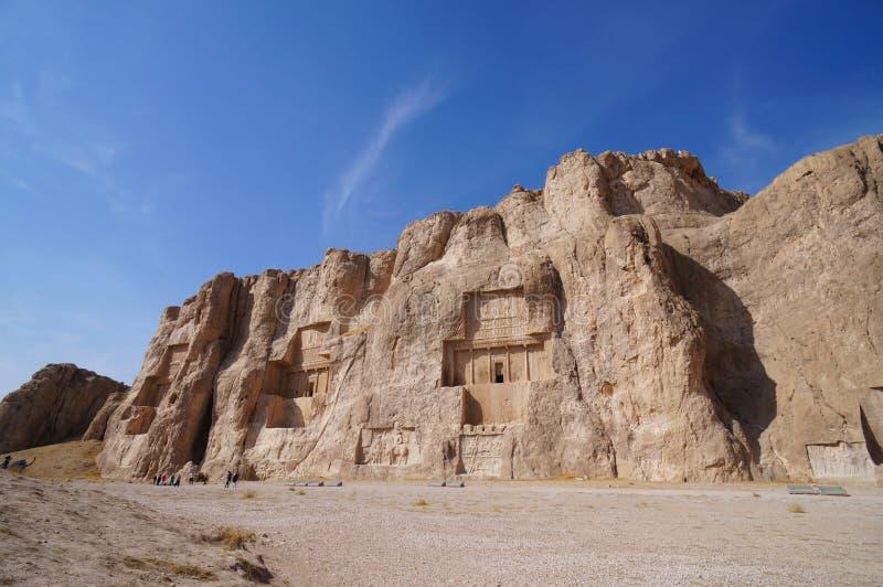 Découpages en pierre sur la tombe de Darius le grand, Persepolis, Iran images stock