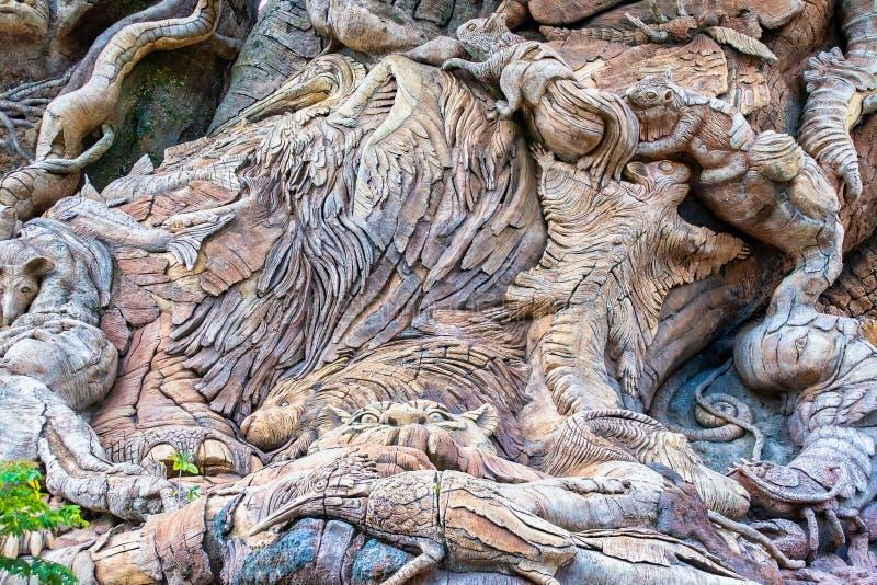 Découpages sur l'arbre de la vie à Disney' ; règne animal de s image stock