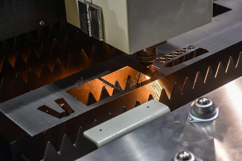 Découpeuse de laser images stock