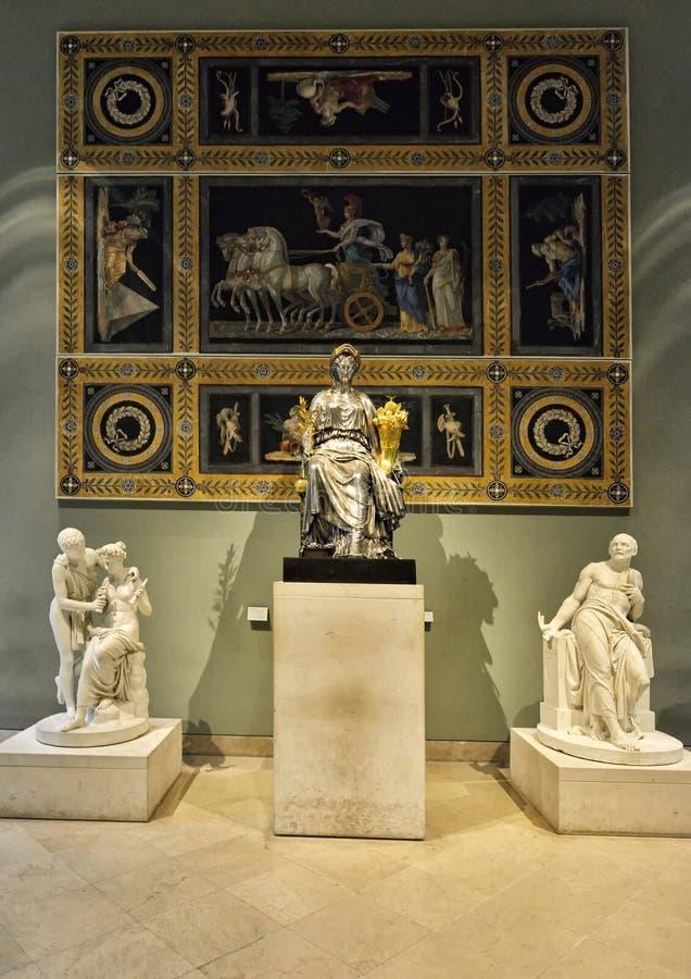 Déesse Athéna dans le Louvre de musée, Paris photo libre de droits