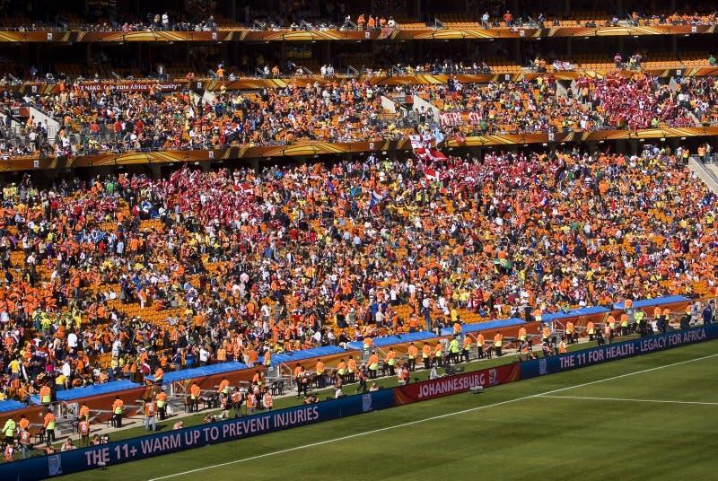 Défenseurs du football à la ville du football - carte de travail 2010 de la FIFA images stock