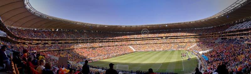 Défenseurs du football panoramiques - carte de travail 2010 de la FIFA image libre de droits