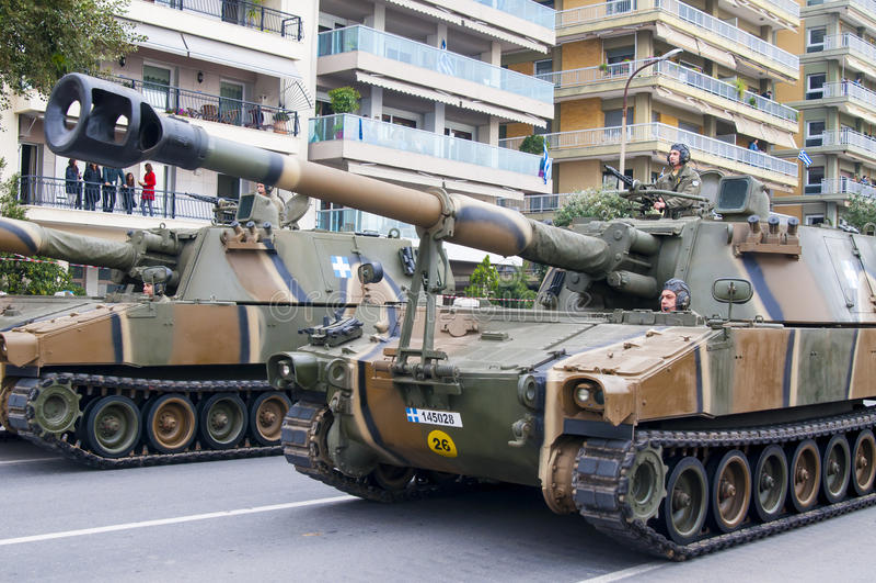 Défilé d'Ohi Day de technologie militaire à Salonique photos libres de droits