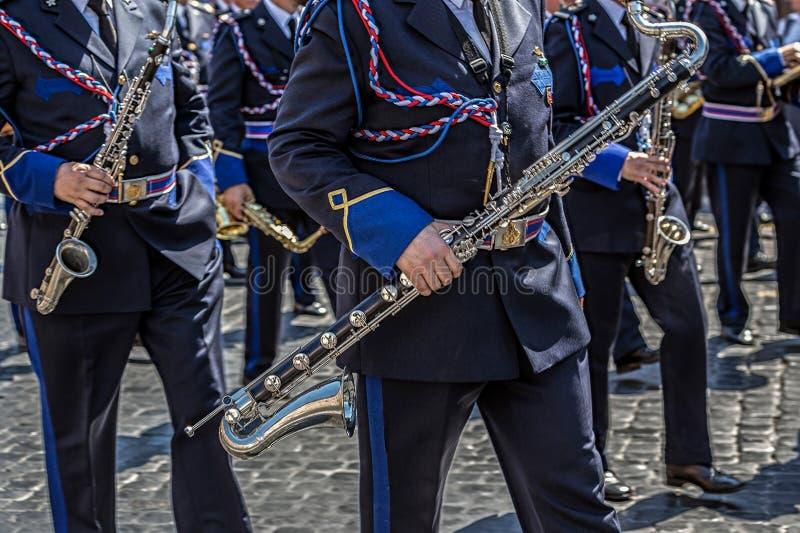 Défilé militaire au jour national italien image stock