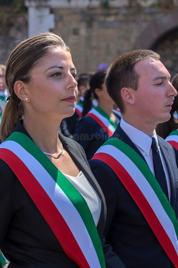 Défilé militaire au jour national italien Fonctionnaire administratif image stock