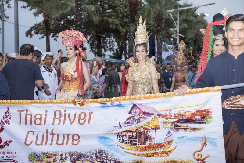 19 11 2017 défilés 2017 navals et internationaux internationaux d'anniversaire du ` s 50 d'ASEAN d'examen de flotte à Pattaya, Th images stock