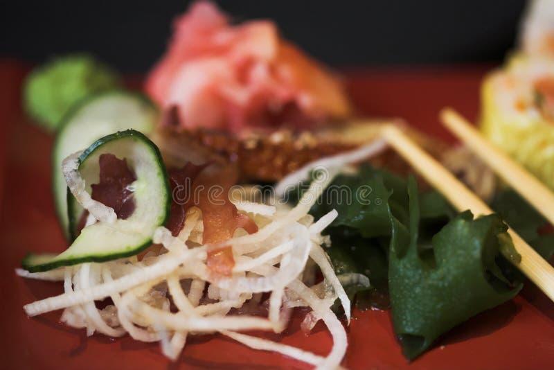 Déjeuner des sushi assortis photo stock