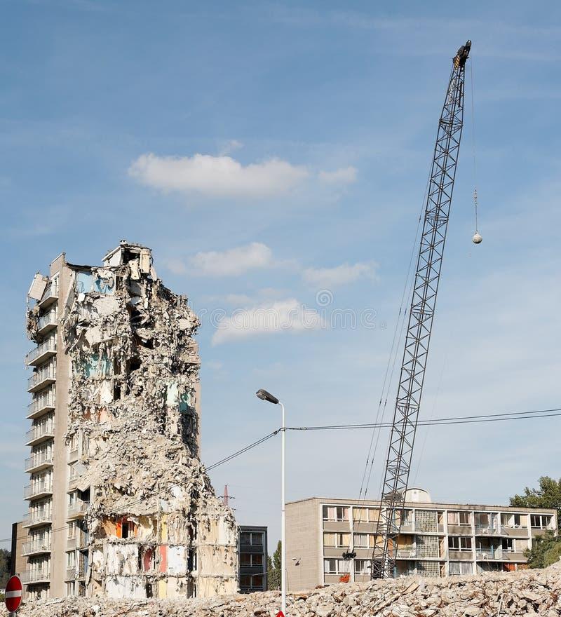 démolition de um edifício fotografia de stock