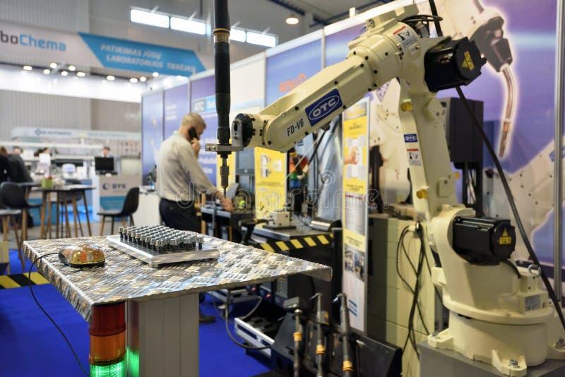 Démonstration de bras de robot image stock