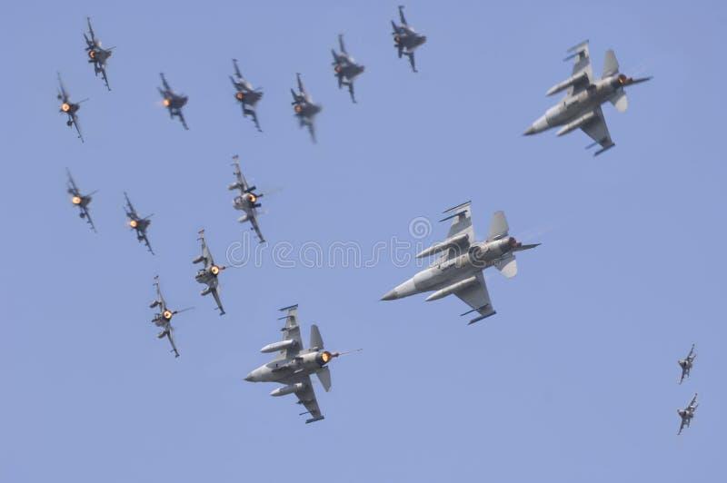 Démonstration de puissance de l'air F-16 images stock