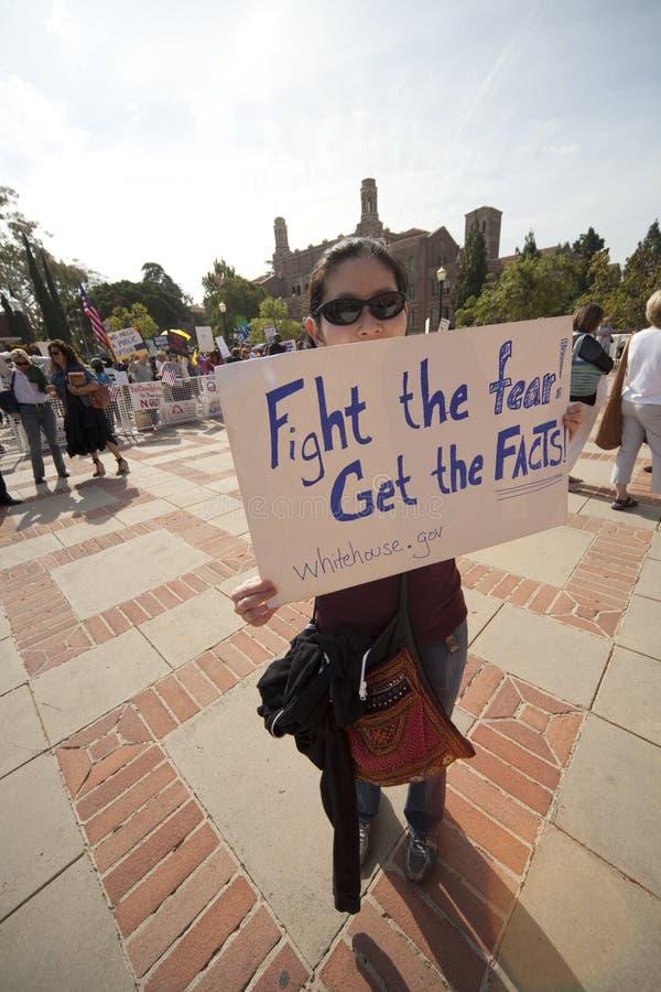 Démonstration de réforme de santé à l'UCLA image libre de droits