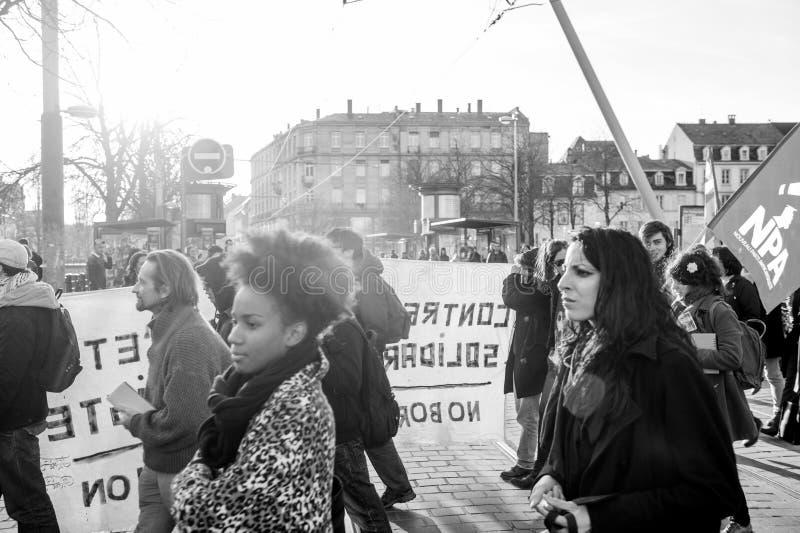 Démonstration française contre l'état du gouvernement d'urgence photos libres de droits