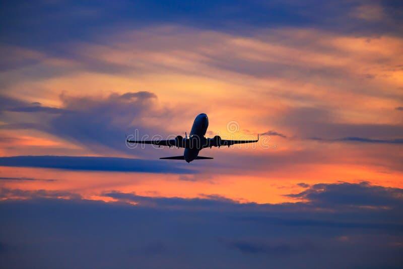 Départ d'avion image stock