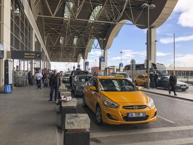 Départs en Sabiha Gokcen Airport d'Istanbul en Turquie photographie stock