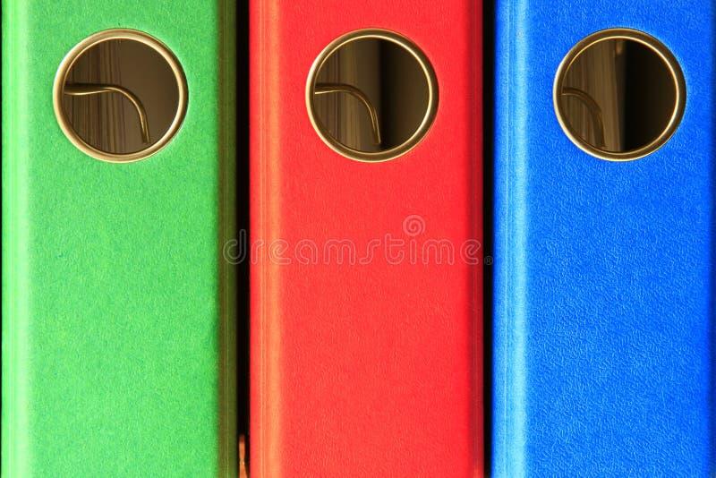 Dépliants de fichier colorés photos stock