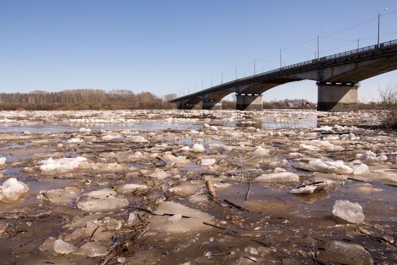 Dérive et rivière de glace photos libres de droits