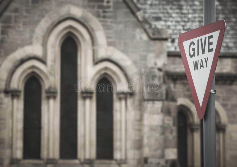Détail écossais de cathédrale avec des feux de signalisation photos libres de droits