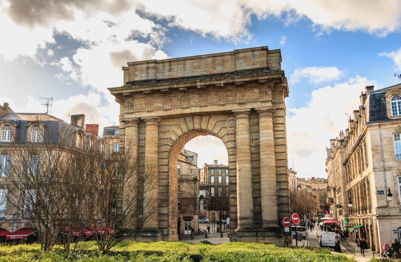 Détail architectural de la porte de Bourgogne en Bordeaux photo libre de droits