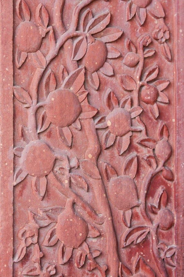Détail architectural des fleurs découpées image libre de droits