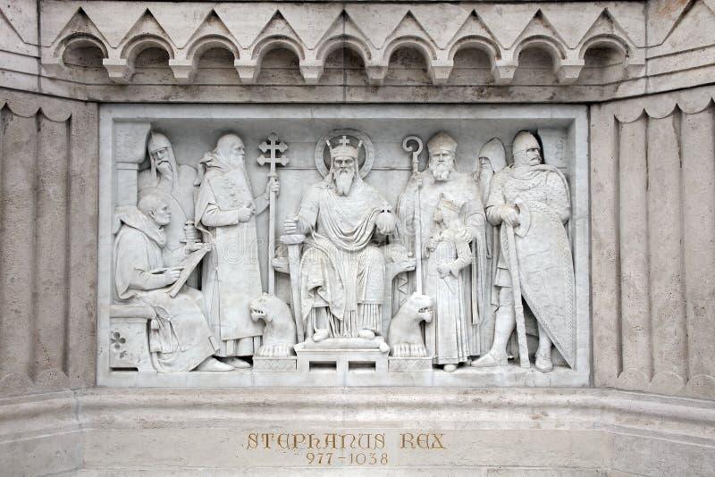 Détail architectural - la sculpture moderne du Roi Saint Stephen à Budapest photo libre de droits