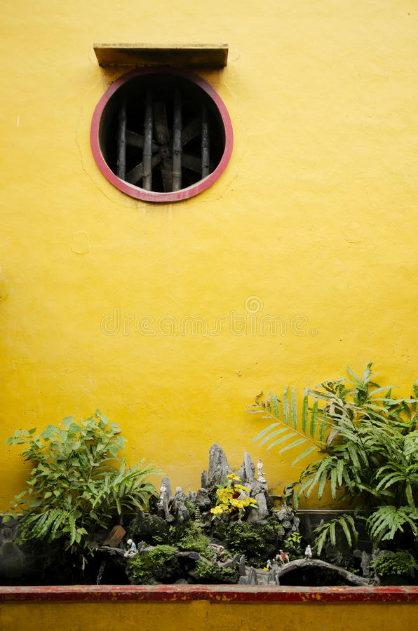 Détail chinois de jardin de temple au Vietnam photographie stock libre de droits