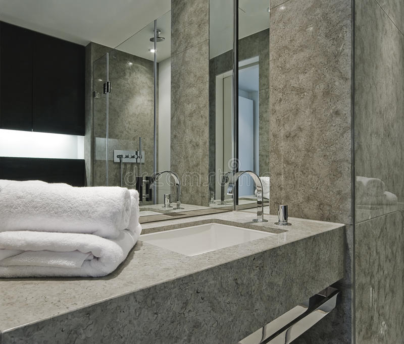 Détail contemporain de salle de bains photos libres de droits