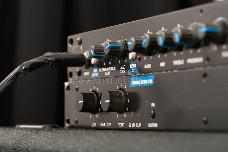Détail d'amplificateur de guitare photo libre de droits