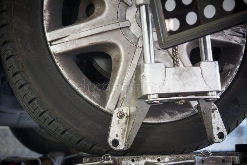 Détail d'appareil-photo de machine d'alignement des roues photographie stock