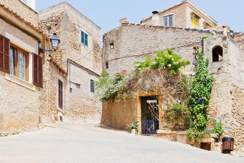 Maison espagnole photo stock image du tourisme maison for Taux d hygrometrie dans une maison