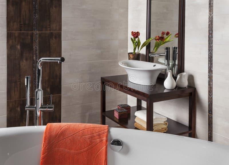 Détail d'une salle de bains moderne image stock