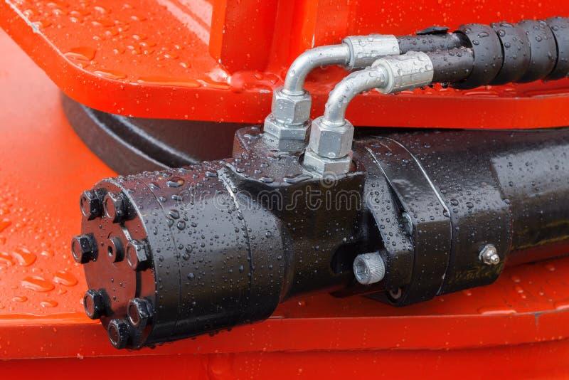Détail de bras hydraulique d'excavatrice de piston de bouteur photo stock