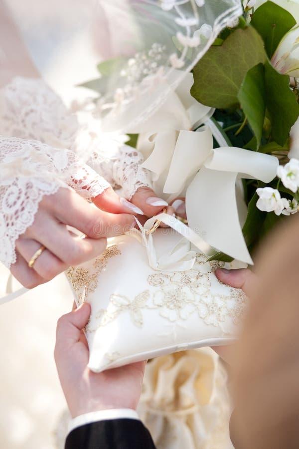 Détail de cérémonie de mariage photos stock