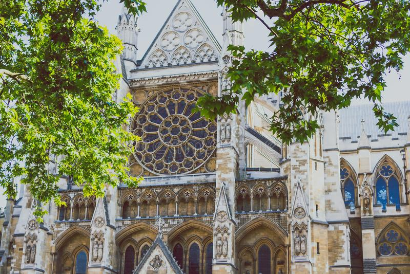 Détail de façade du ` s d'Abbaye de Westminster images stock
