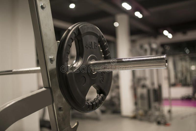 Détail de l'équipement de poids dans le gymnase photographie stock
