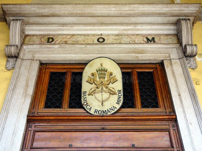 Détail de l'entrée à la basilique Romana Minor, Milan photographie stock libre de droits