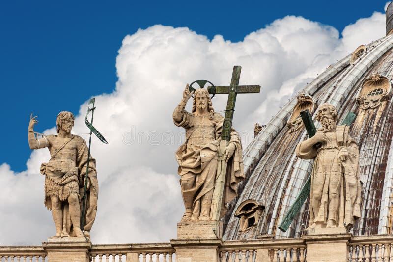 Détail de la basilique de St Peter - Ville du Vatican images libres de droits