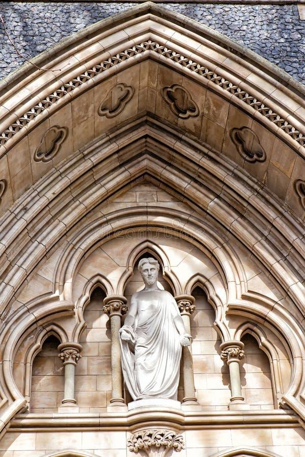 Détail de la façade de la cathédrale de Southwark à Londres photo libre de droits
