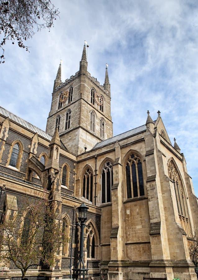 Détail de la façade de la cathédrale de Southwark à Londres images libres de droits
