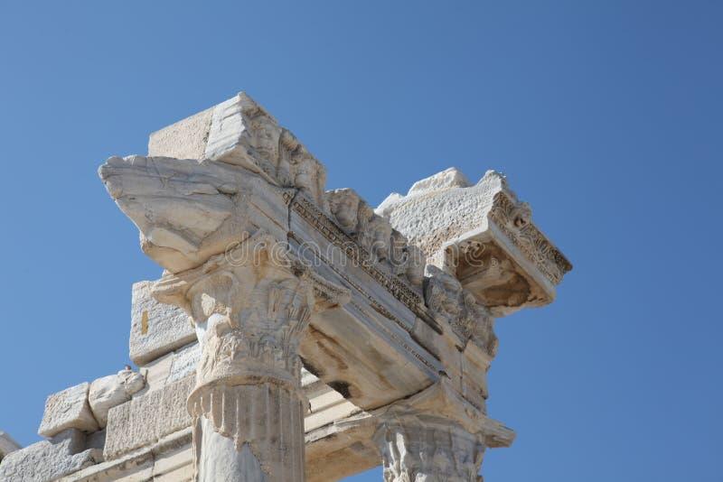 Détail de marbre du temple d'Apollo antique photos libres de droits