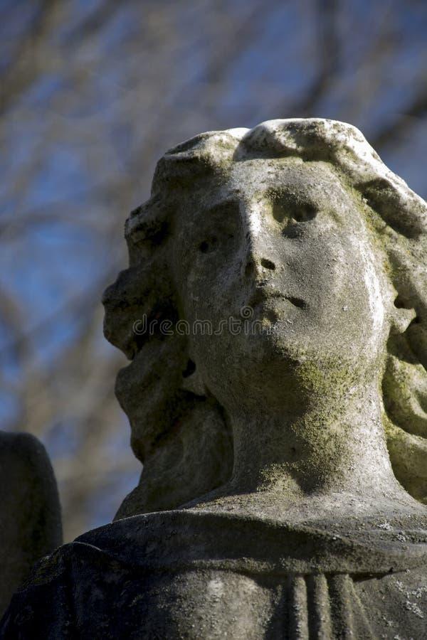 Détail de monument d'ange dans le cimetière de la Virginie Occidentale image stock