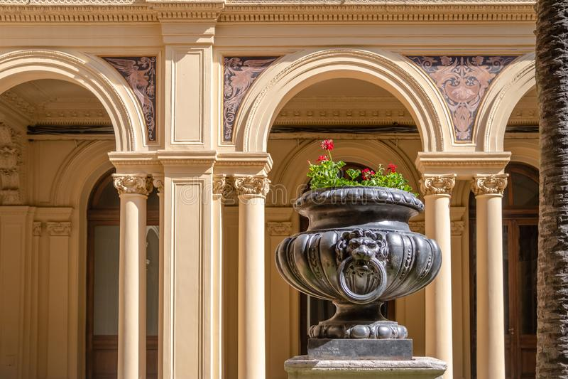 Détail de palmier Patio Patio de las Palmeras au palais présidentiel de Rosada de maison - Buenos Aires, Argentine image stock
