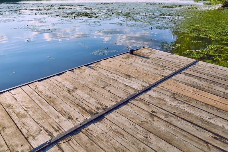 Détail de pilier de Lakeside photos stock